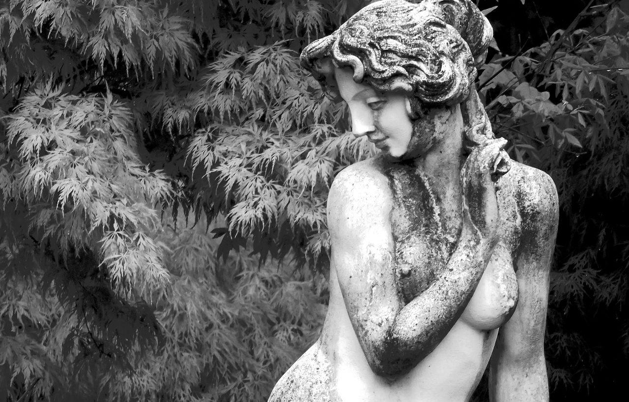 Il mito della dea semplice